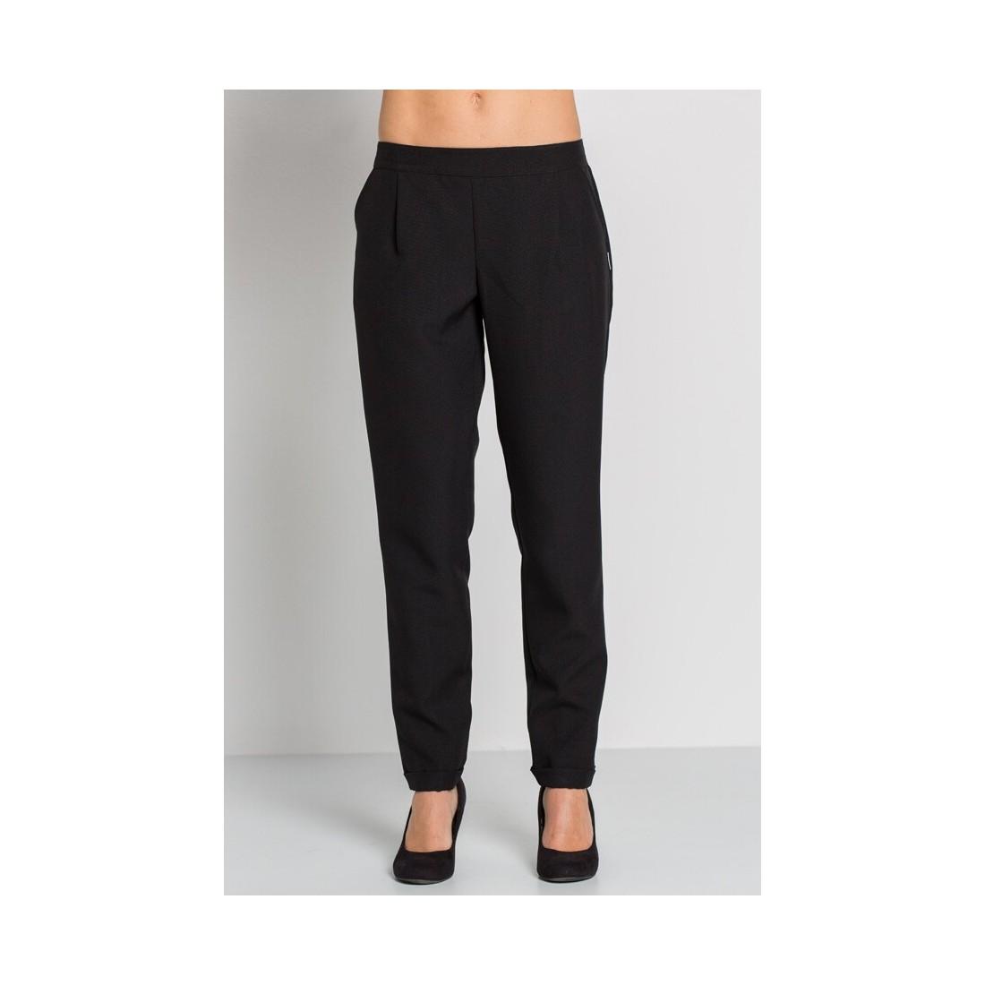 Pantalón negro dobladillo